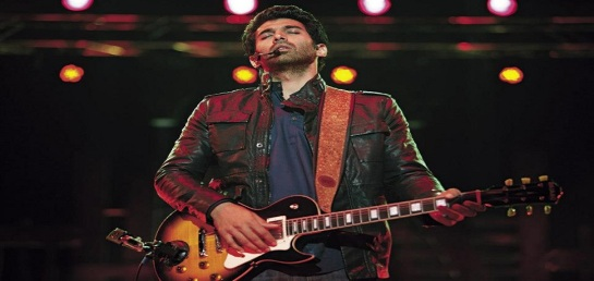 Aditya Roy Kapur evolving as a rockstar, up from a learning magician in 'Guzaarish'.