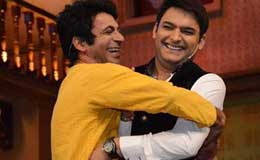 Sunil-Grover-Guthi-and-Kapil-Sharma-of-Comedy-Nights