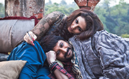 Huma-Qureshi-and-Arsad-Warsi-in-Dedh-Ishqiya