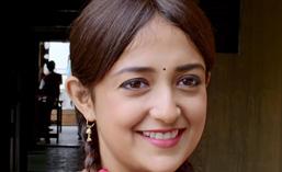 Singer-Monali-Thakur-film-Lakshmi