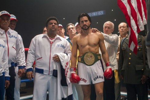 hands-of-stone-deniro-edgar-ramirez