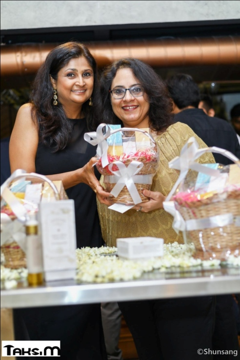 Geetanjali Kaul, Ritu Sood